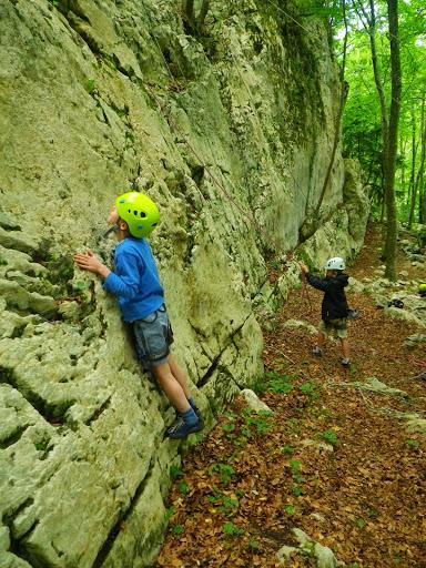Bolders climbing